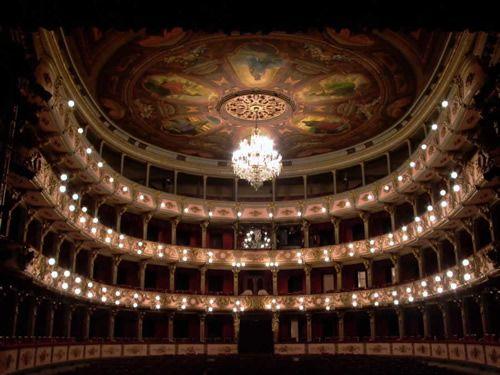 Teatro Colón Bogotá Colombia