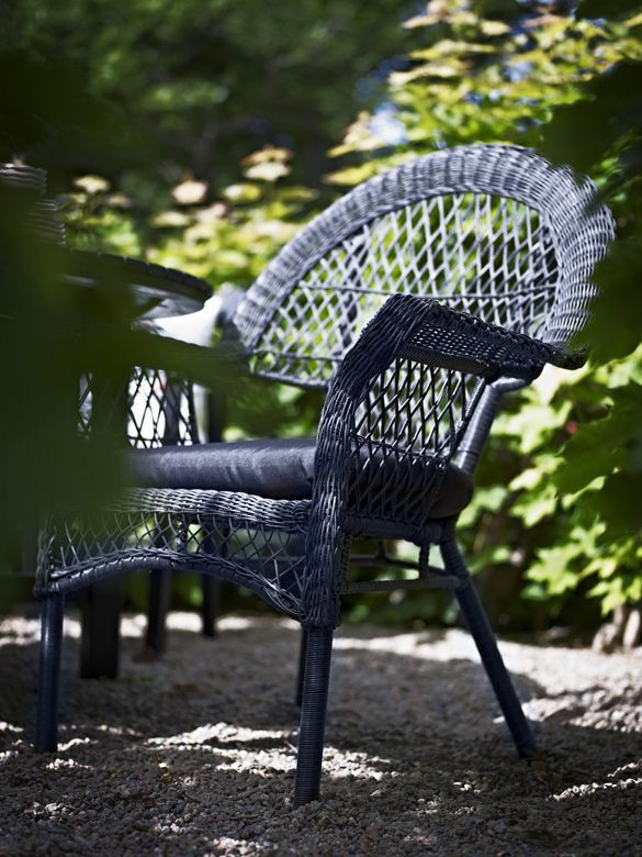 Hoy me gusta – Ikea en el jardín y en la terraza en blanco y negro ...
