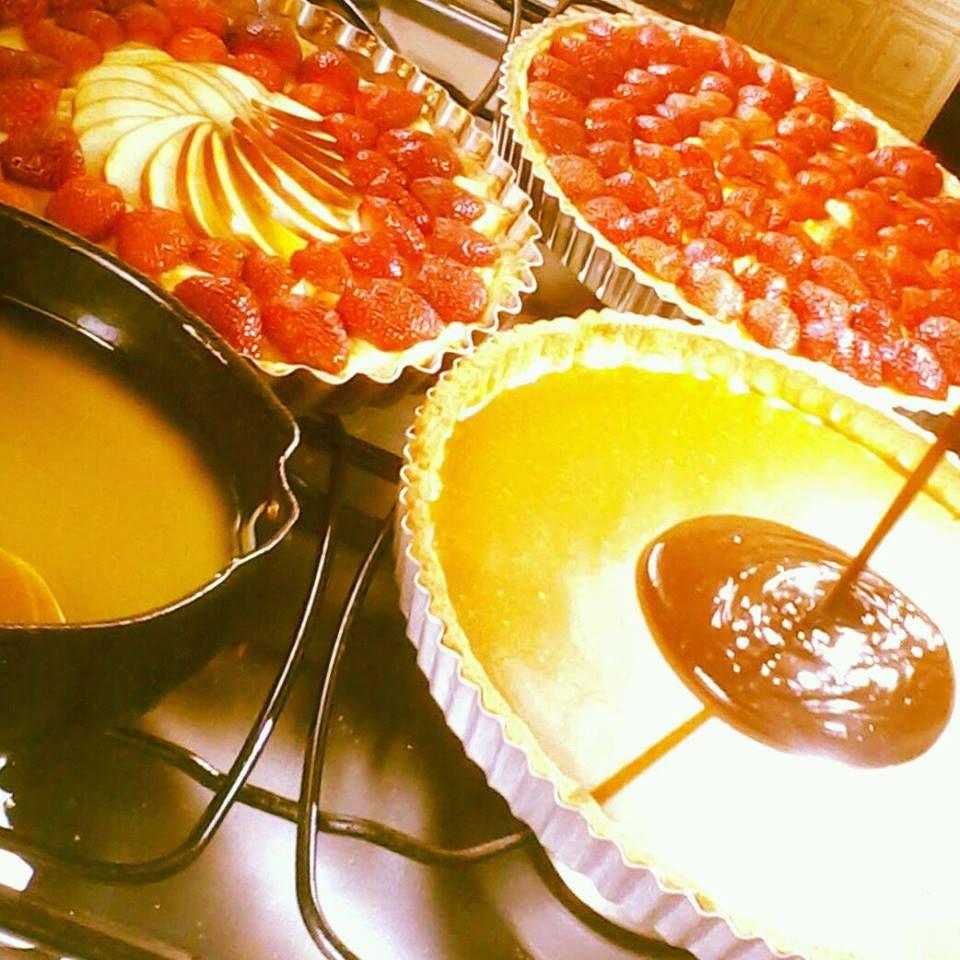 strawberry pie and appletarte  aux fraises et pommes