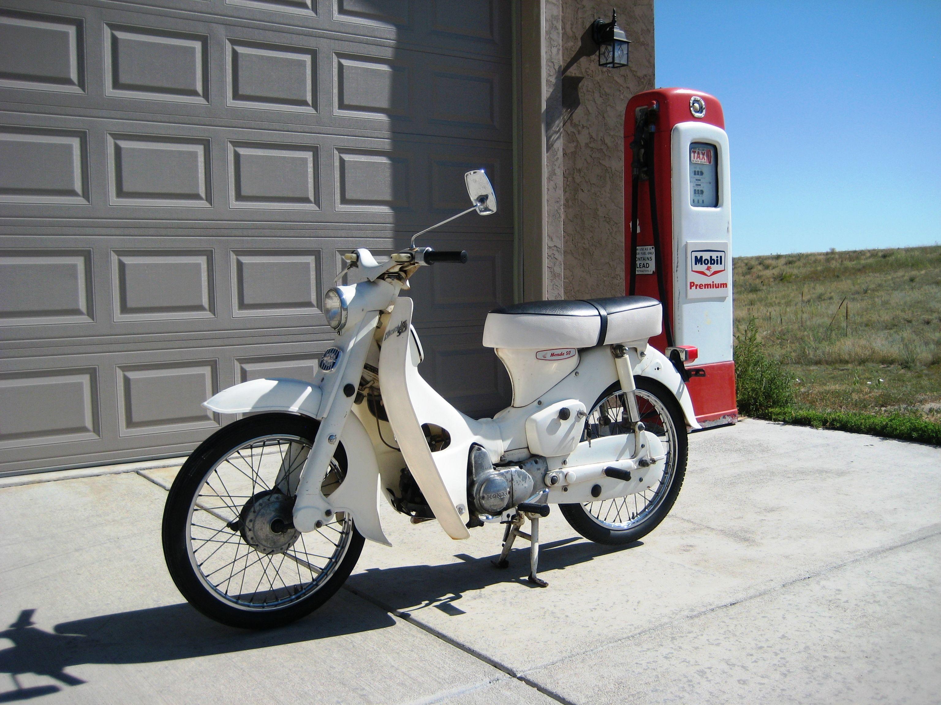 1965 Honda C102 50cc OHV Engine with 3spd Auto-Clutch