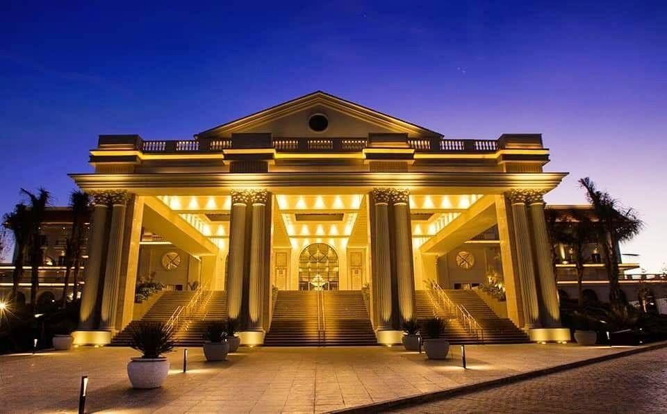 الماسة كابيتال هذا المشروع الضخم هو أول فندق تنتهى منه الدولة فى العاصمة الإدارية الجديدة وهو يعد من أكبر وأفخم الفنادق على مستوى House Styles Mansions House