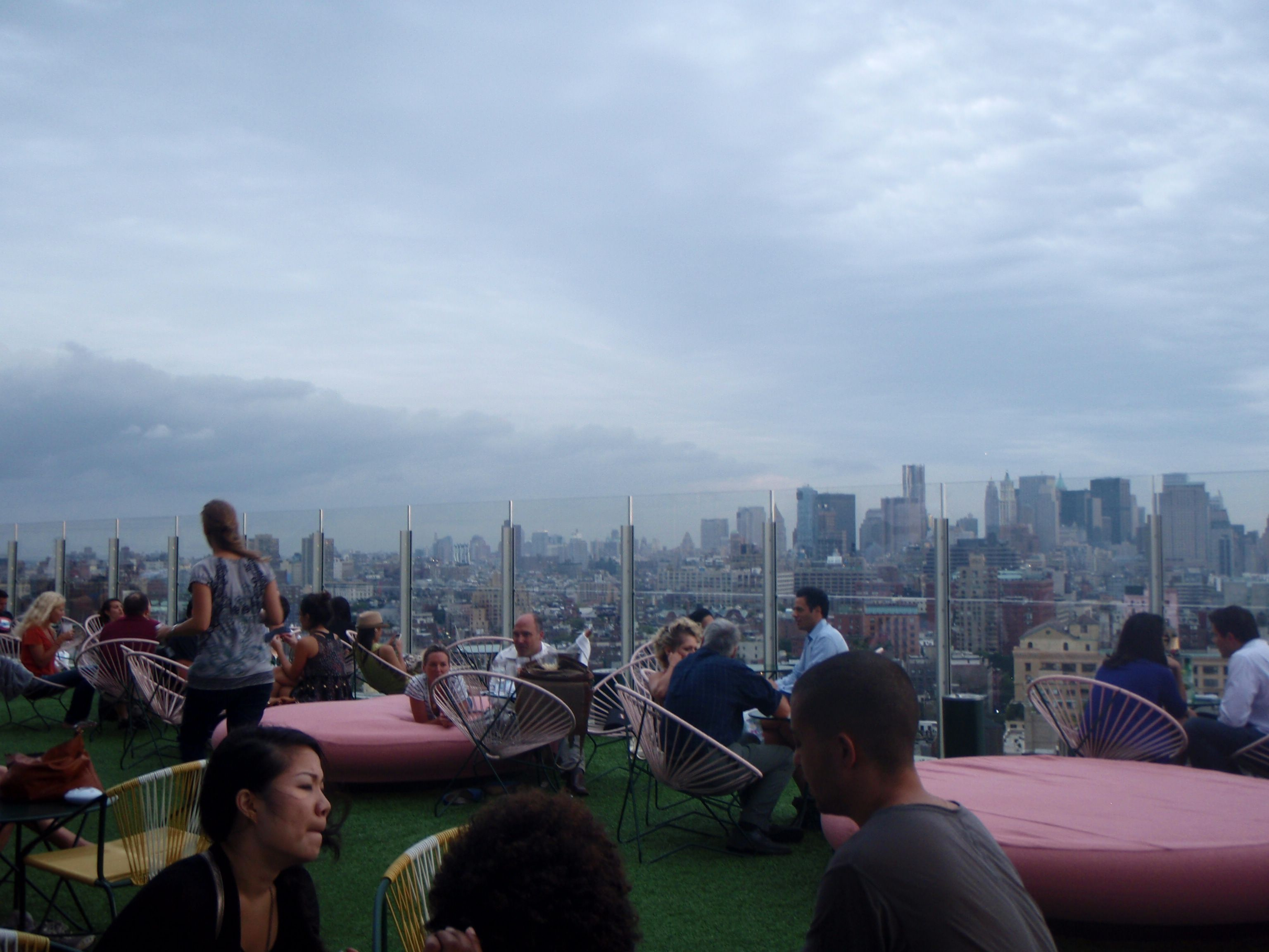 Nyc 10 To 1 Number 1 Rooftop Bar Elle Croft Rooftop Bar Rooftop Nyc