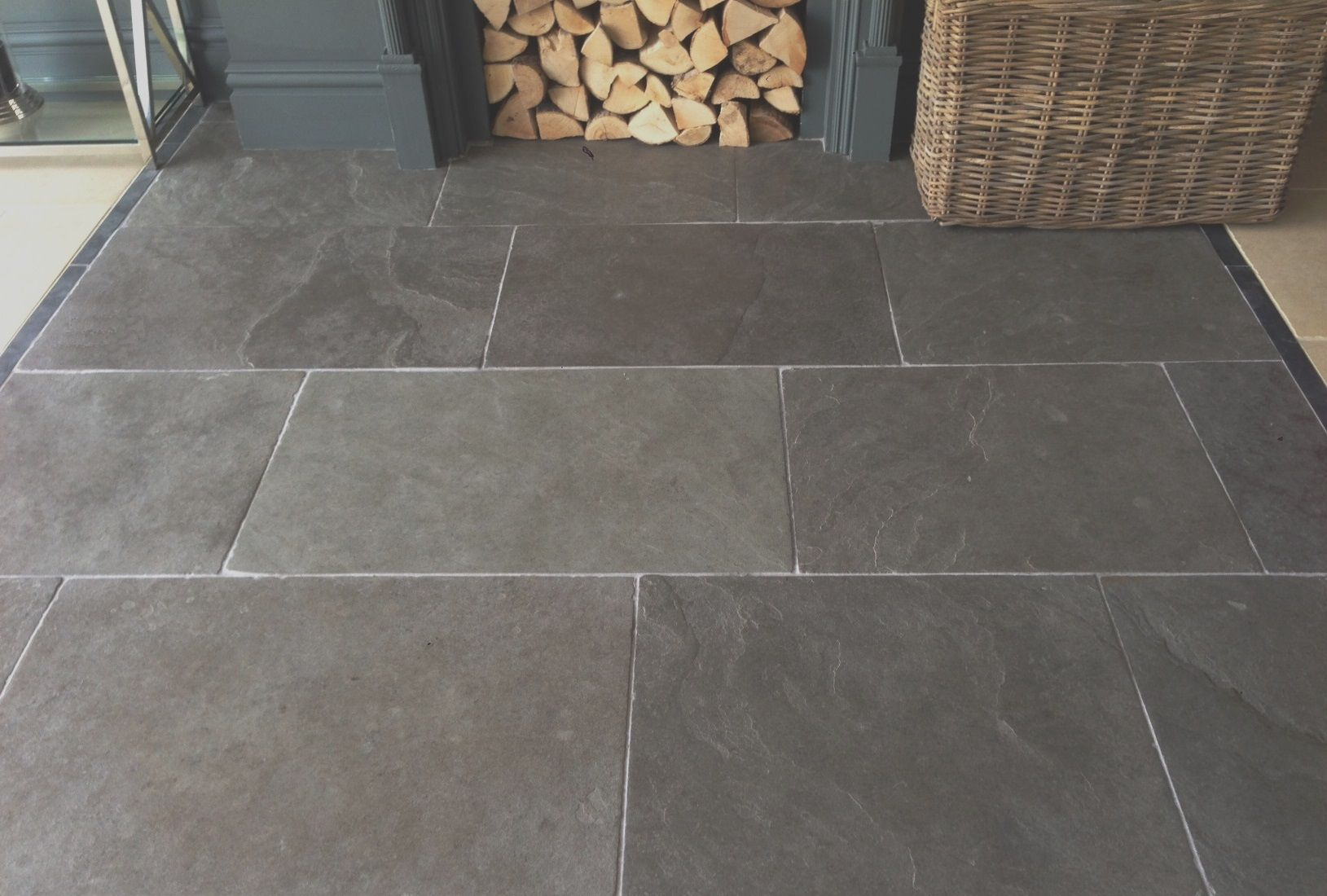 Rustic And Warm Ashton Grey Limestone Flagstones Are