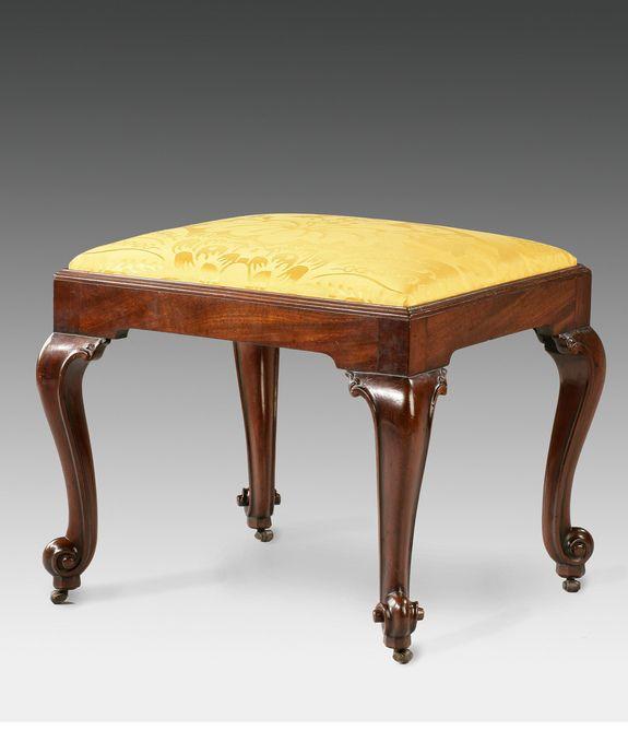 A Chippendale Mahogany Stool Circa 1765 Mobilier De Salon Meuble Mobilier
