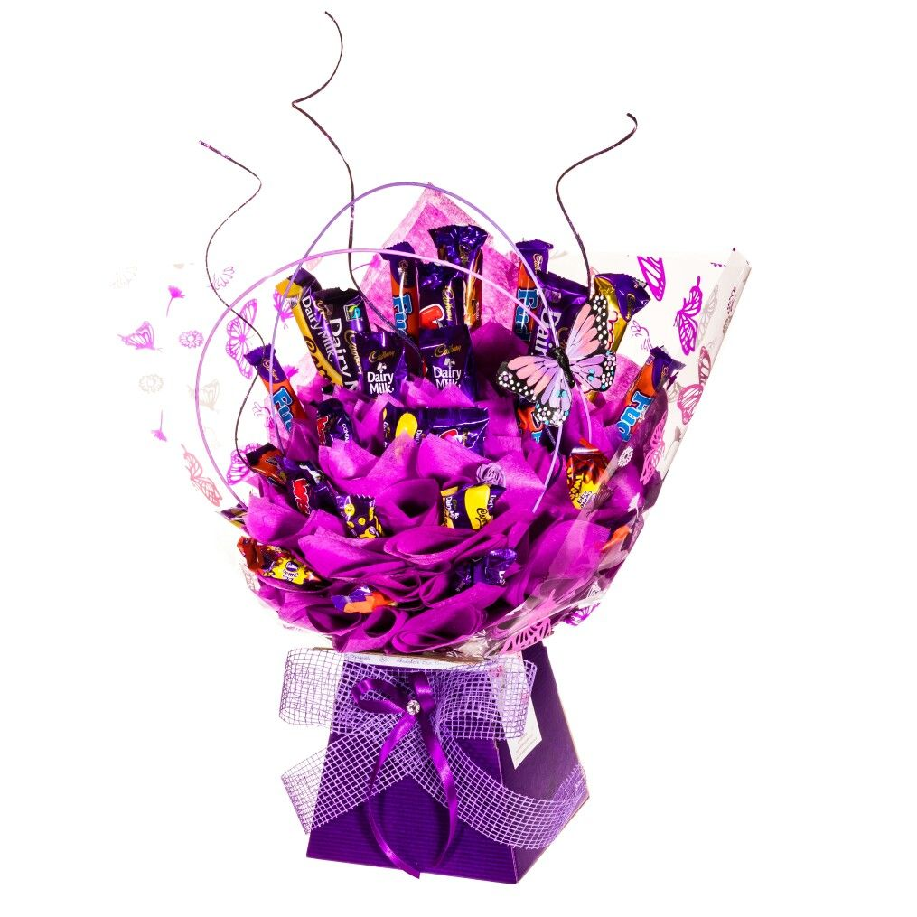 Cadburys chocolate bouquet chocolateboxbouquets regalos cadburys chocolate bouquet chocolateboxbouquets izmirmasajfo Gallery