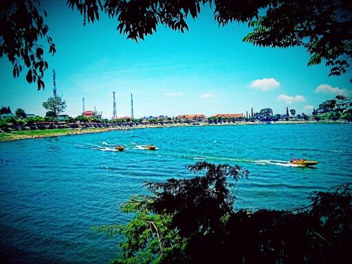 Good view. Telaga Sarangan. #indonesia #beautiful #lake #scenery