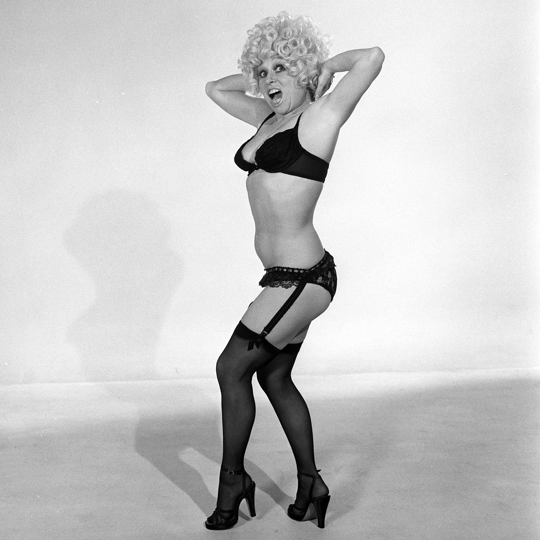 barbara Windsor | Actresses in stockings