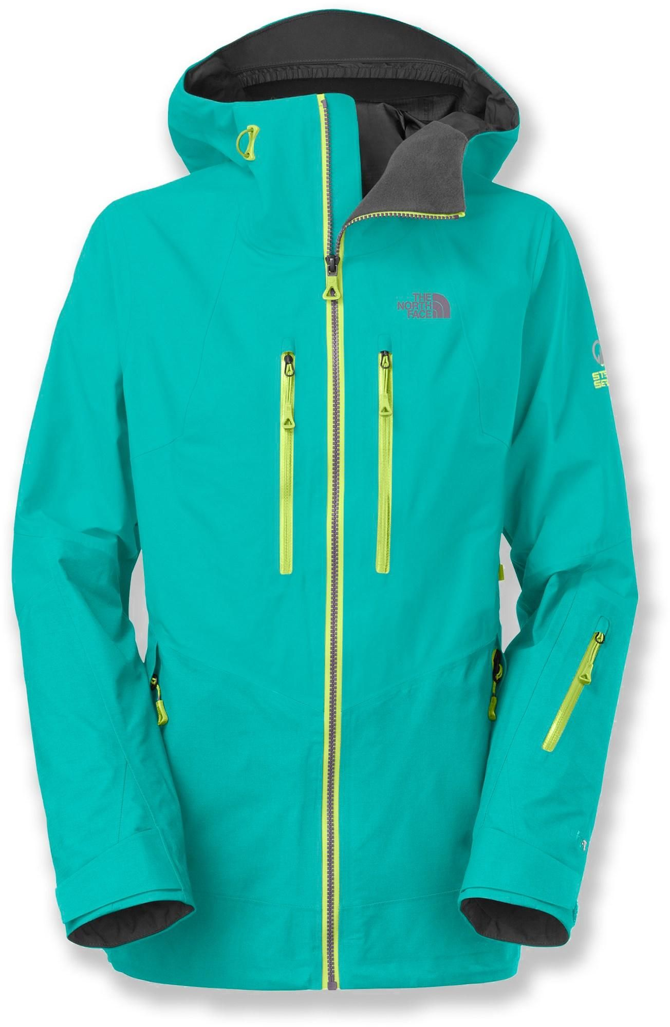 e4a6d7da5c83 The North Face Free Thinker women s jacket boasts weather-nullifying  Gore-Tex® Pro protection to withstand demanding use and keep you  comfortable on big ...
