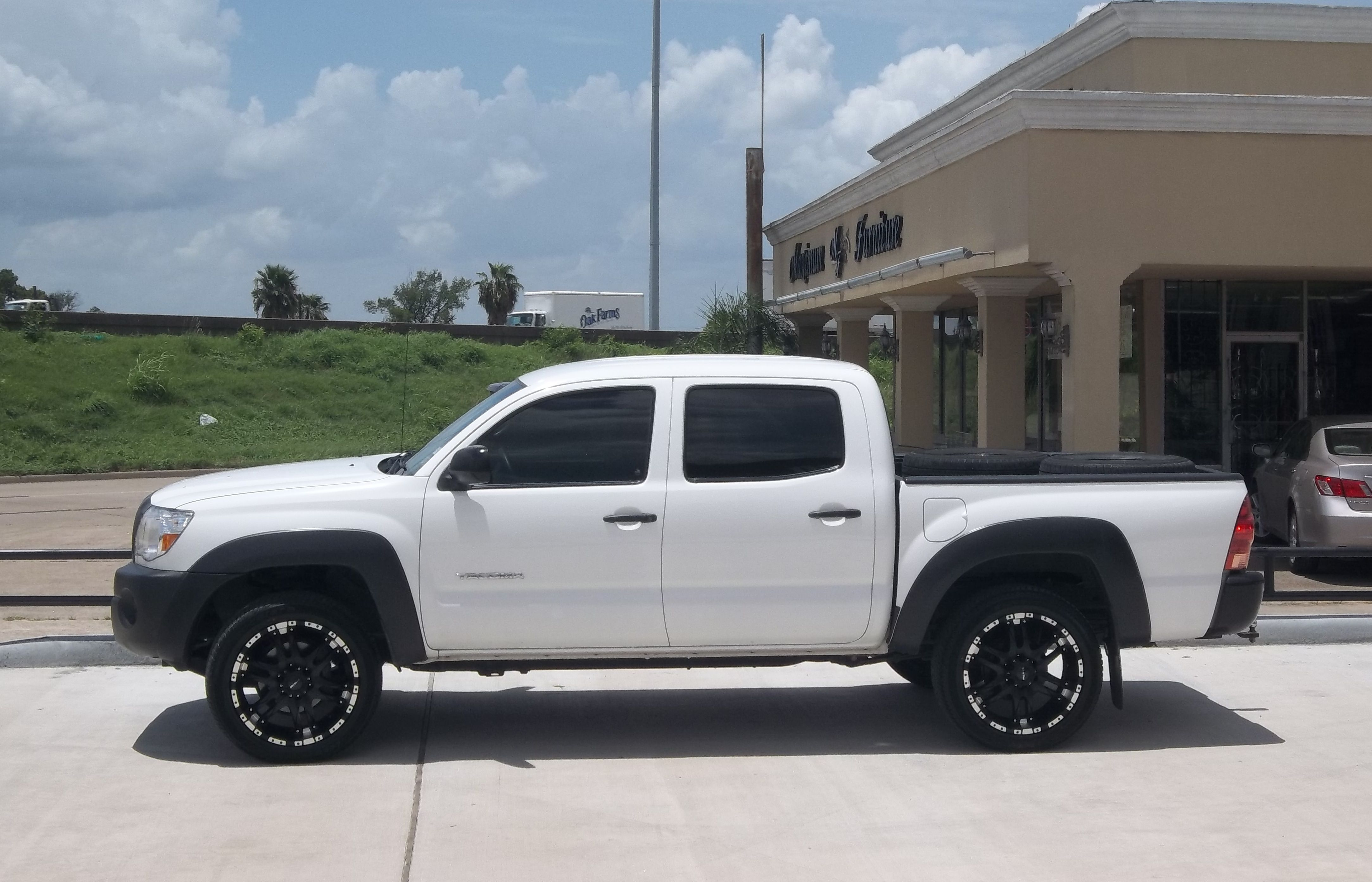 double toyota wheels cab pickup fuel trd custom lifted tacoma sport listing