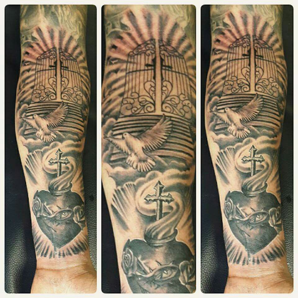 Tattoo religión ZEBEN LIRIKS TATTOO