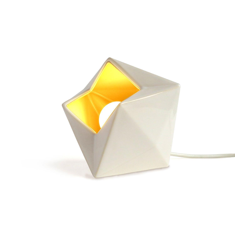Descripción Lámpara de mesa de cerámica con distintos efectos de luz para ambientar tu espacio. Color Blanco Material Pantalla de…