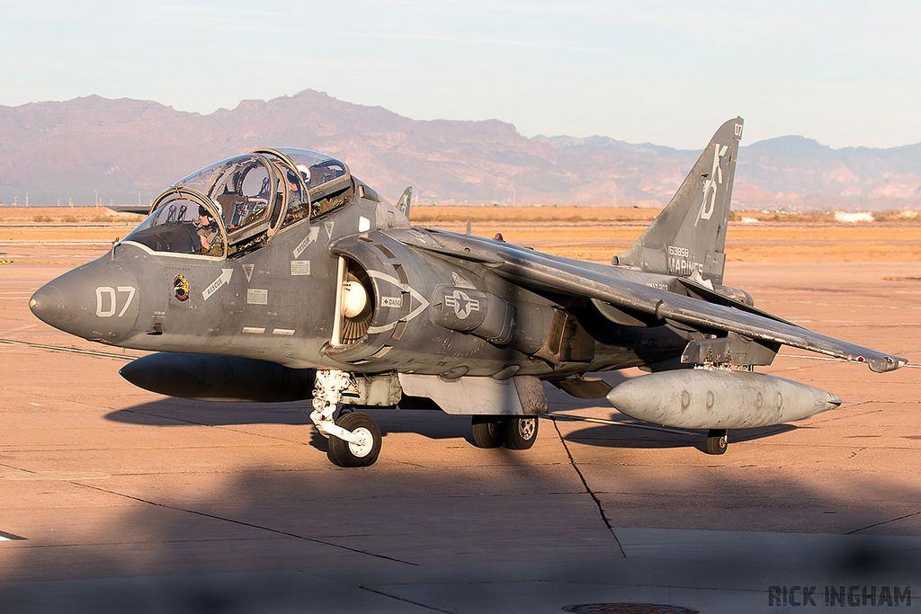 Mcdonnell Douglas Tav 8b Harrier Ii 163858 07 Vmat 203 Hawks Usmc Air Fighter Fighter Jets Harrier