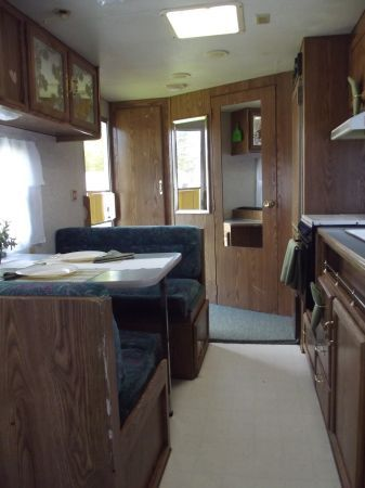 20 1994 Wilderness Travel Trailer By Fleetwood This Was The Similar Floorplan Couch Behind The