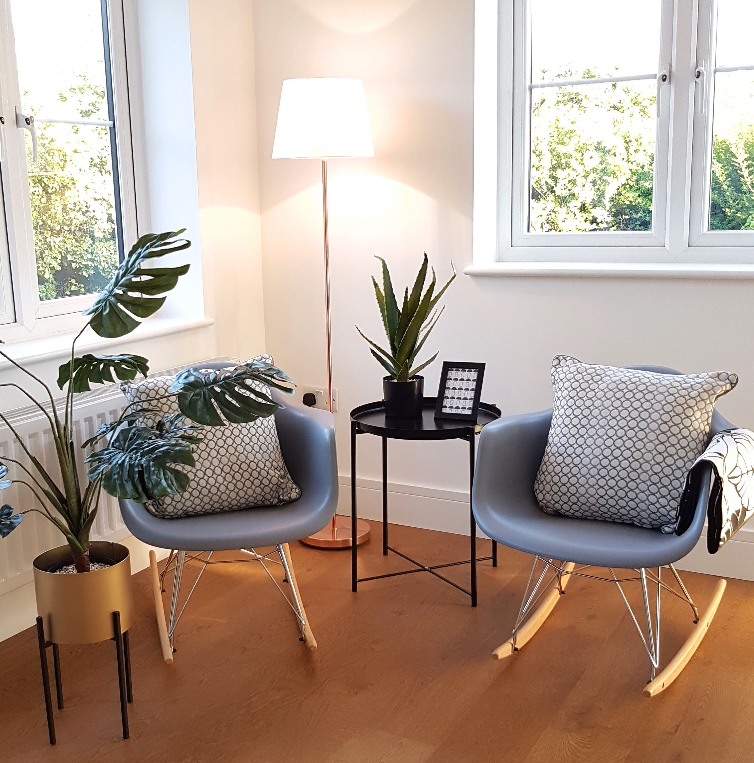 Eames chairs and Cheese plants, perfect coffee place ...