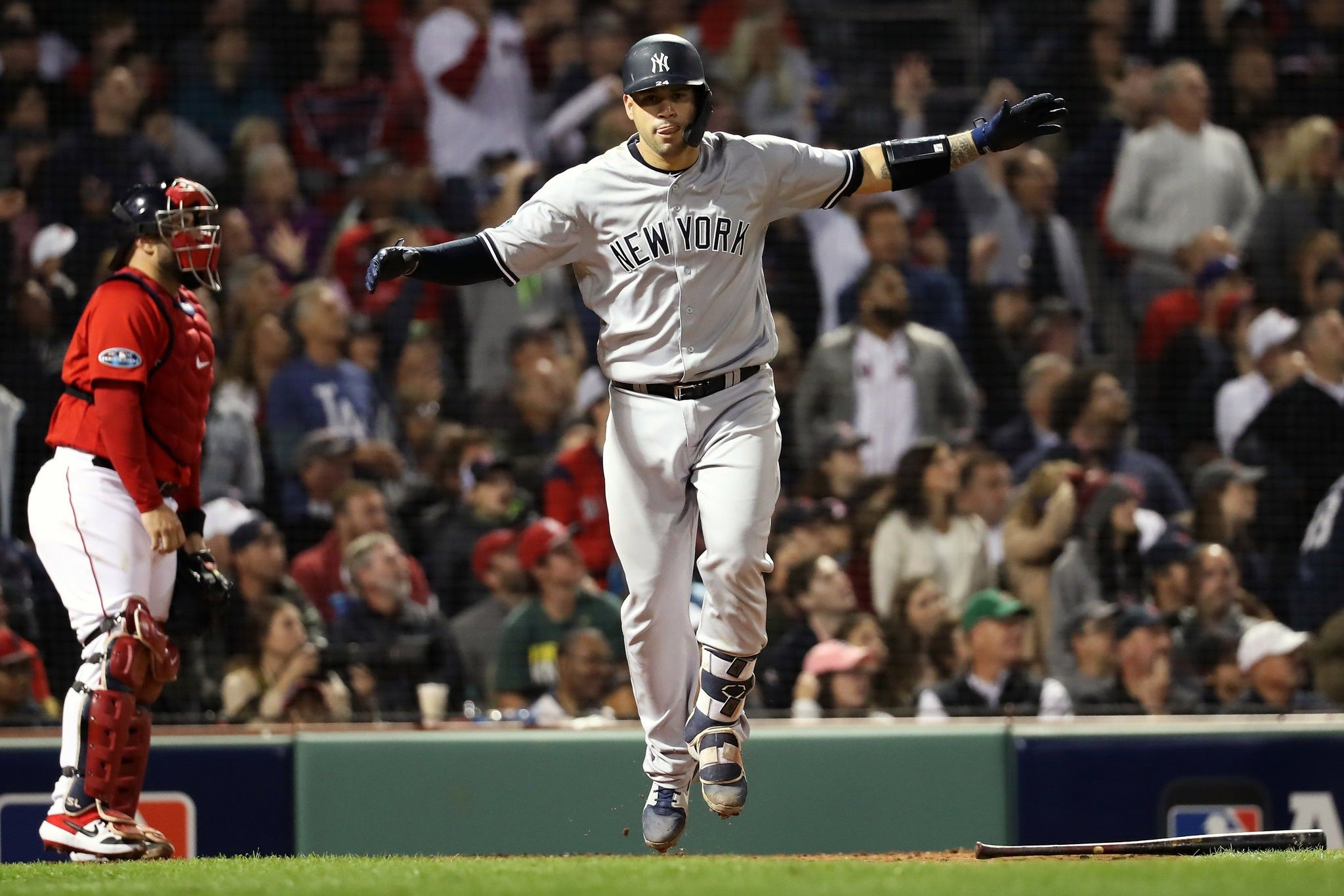 Yankees Flex Muscles And Even Series With The Red Sox Yankees Red Sox Usa Sports