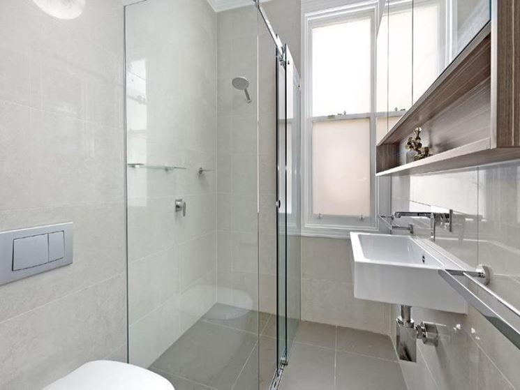 rifare bagno | Arredare un bagno piccolo, consigli e accorgimenti ...