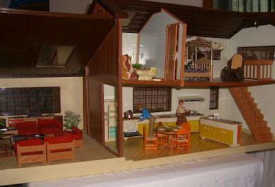 1005509c22c8ba748ea38c1fcf1554b2 - Tomy Smaller Homes And Gardens Dollhouse For Sale