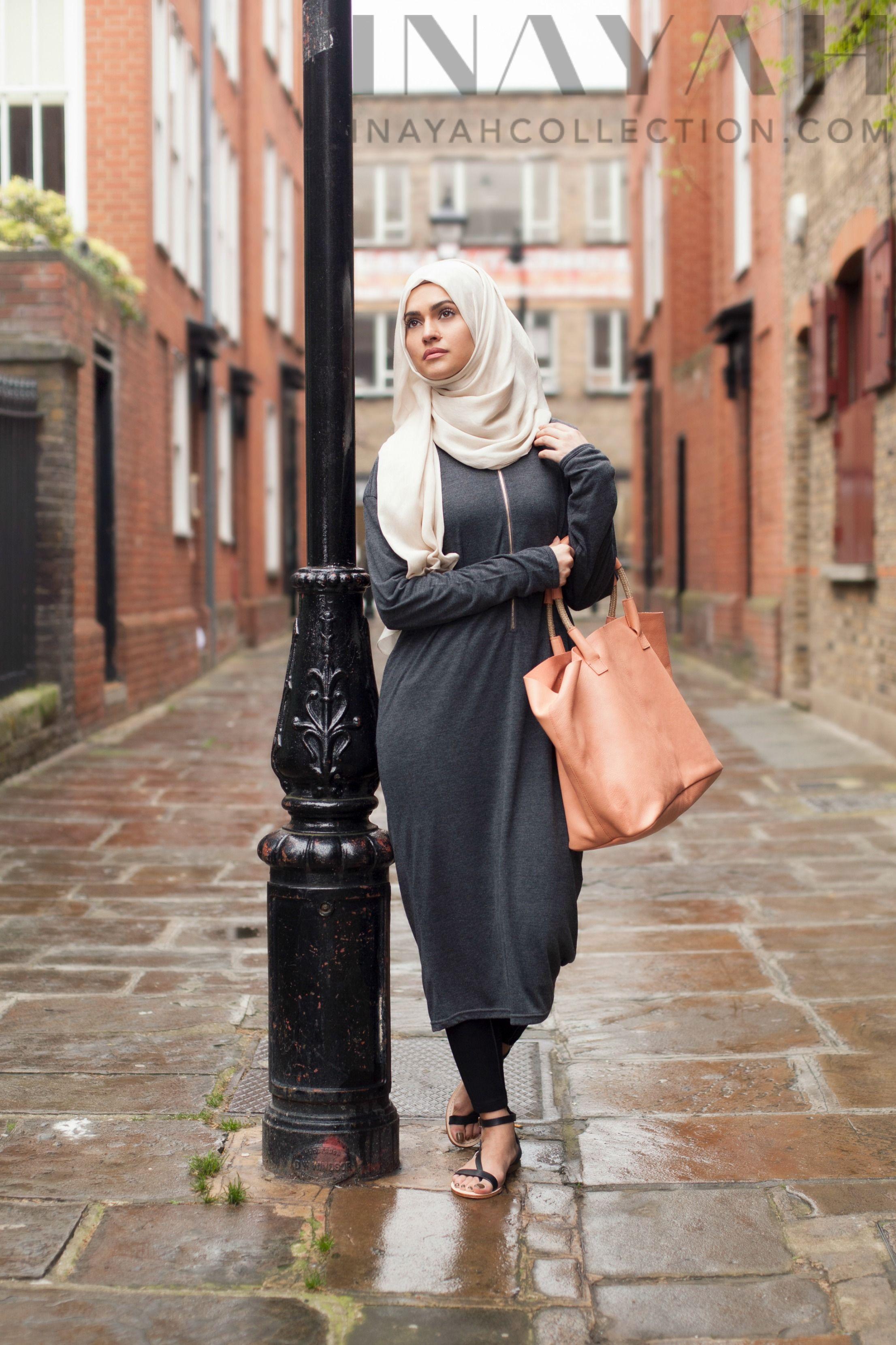 Pin By Joymuslim On Hijab Streetstyle Pinterest Fashion Busana Muslim Abaya Layla Phasmina Hajib Modest Outfits Womens Unique
