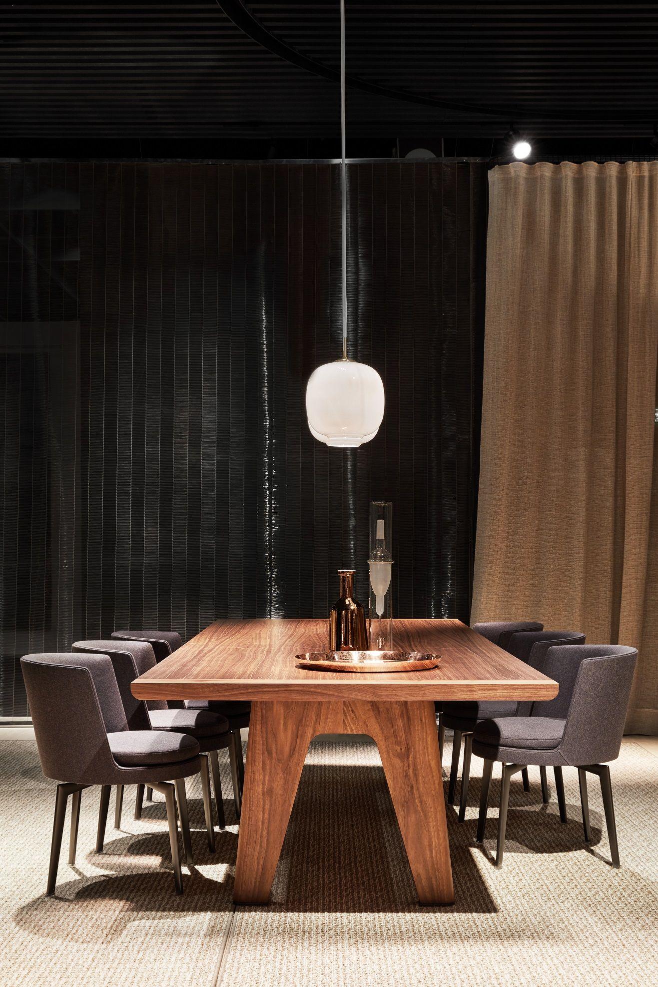 Flexform Monreale Dining Table And Feel Good Armchairs Design