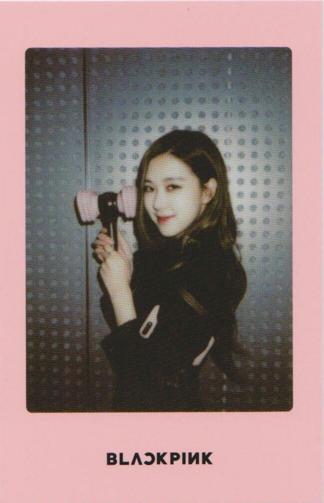 BLACKPINK Rosé ~ polaroid photo | Black Pink Style ...