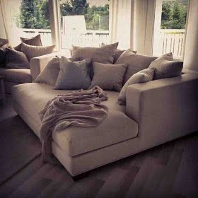 Tomines Hjem Day Bed Deep Sofa Comfy Couches Wide
