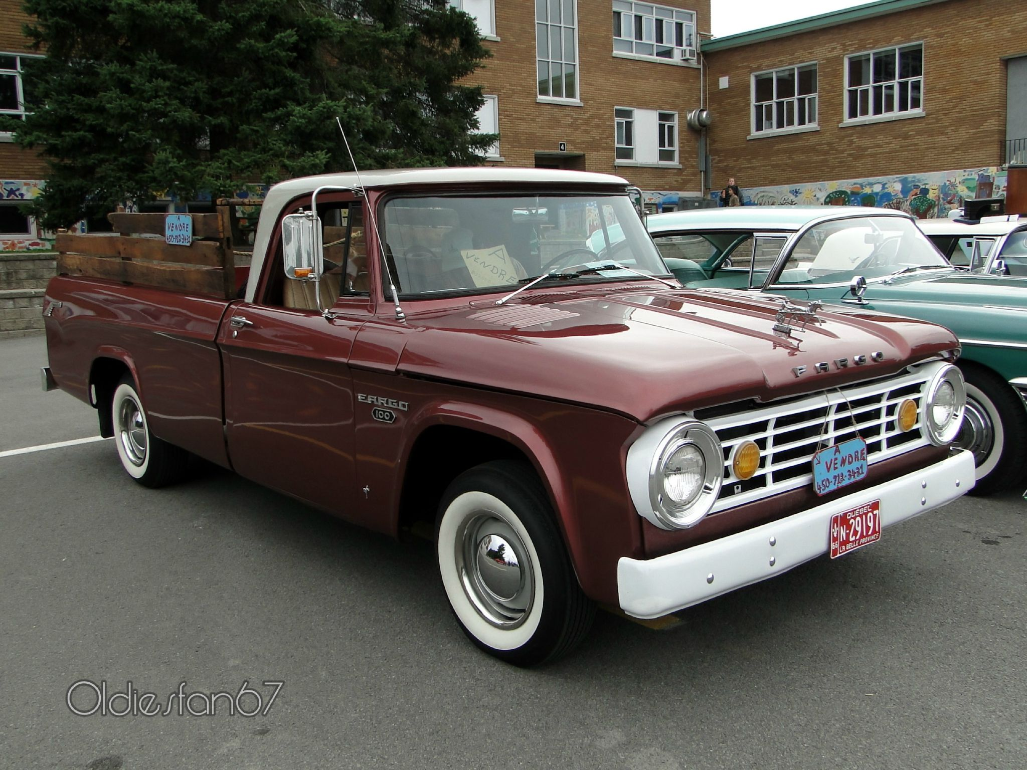 1966 Fargo D100 Pickup Truck In Quebec Old Dodge Trucks Dodge Trucks Classic Cars Vintage