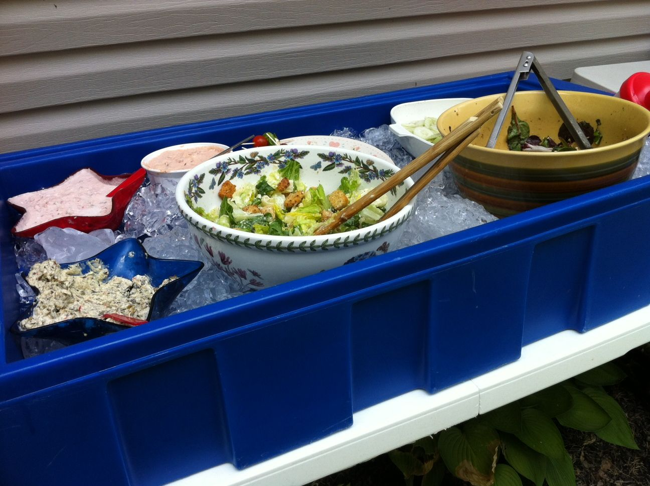How To Keep Food Cool At Bbq S Cold Meals Outdoor Party Foods