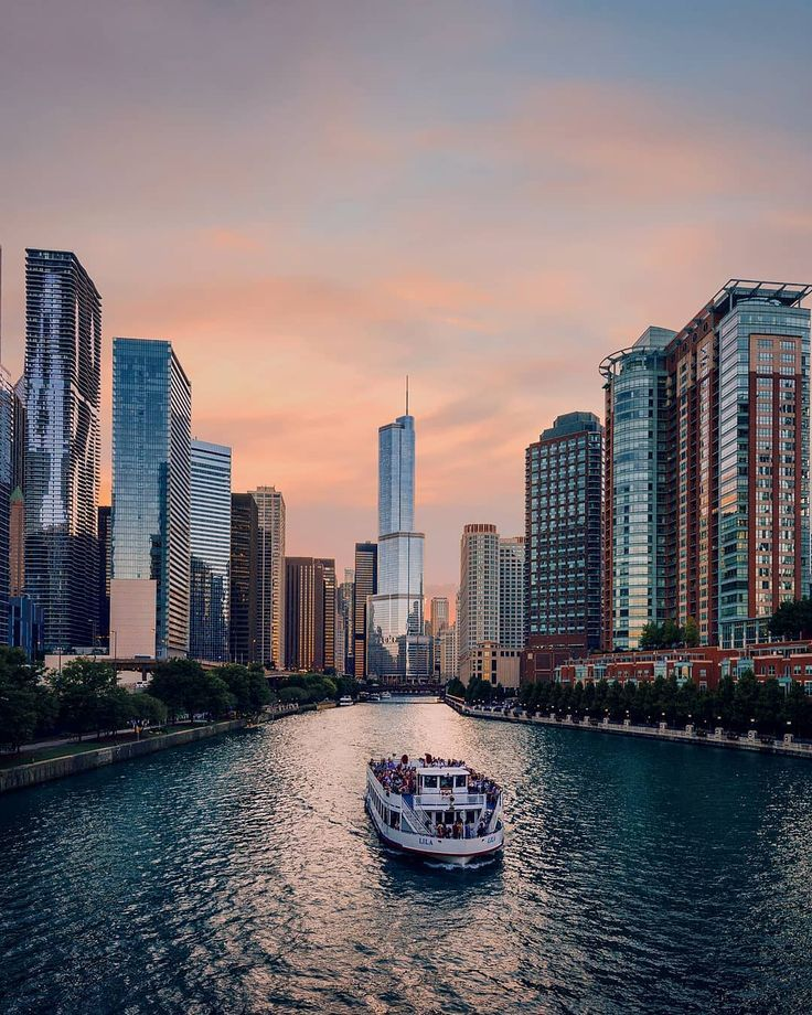 What to Do in Chicago in the Summer | The Everygirl