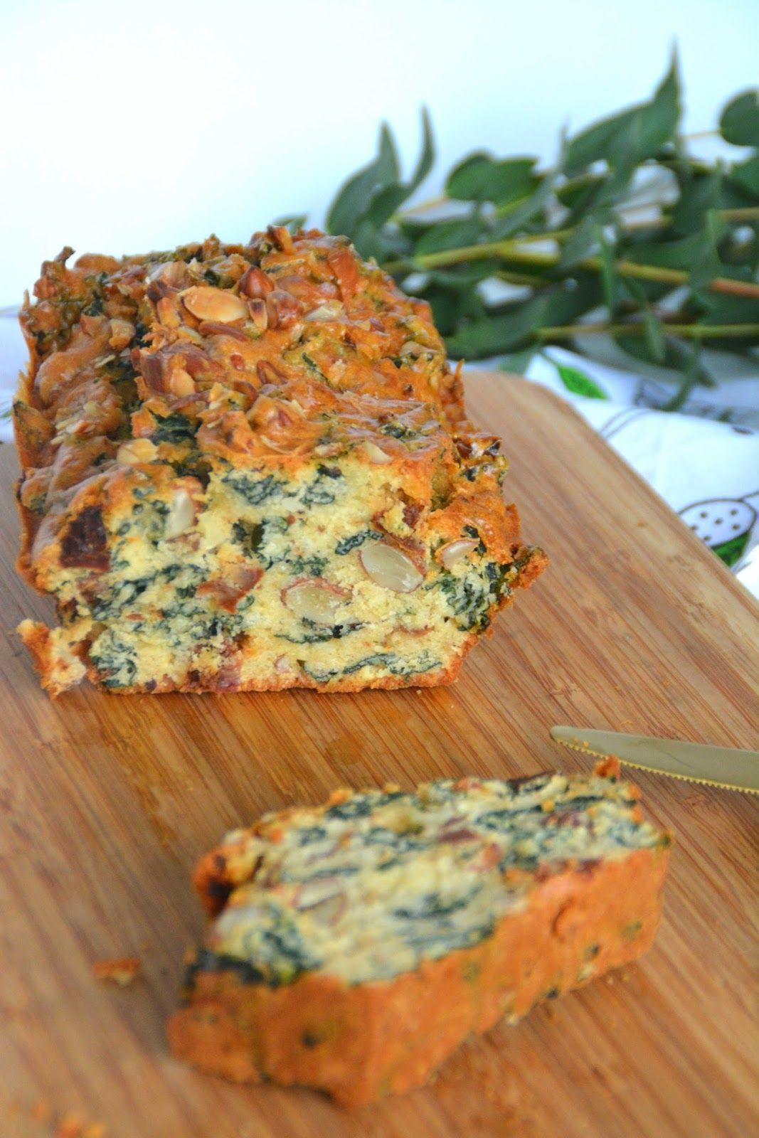 Cake Kale, tomates séchées et amandes – recette végétarienne