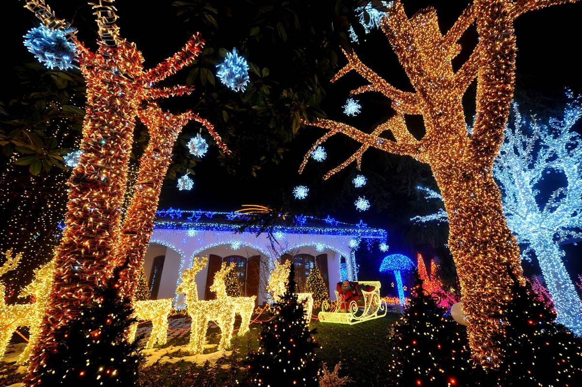 Little Christmas Italy.Holiday Light Decorations Poland All Things Polish