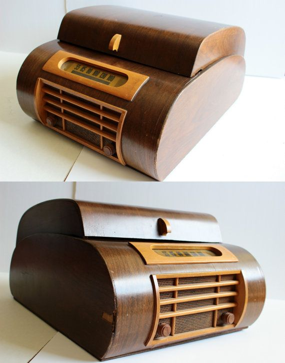Electromatic Tube Radio with Phonograph/Record Player