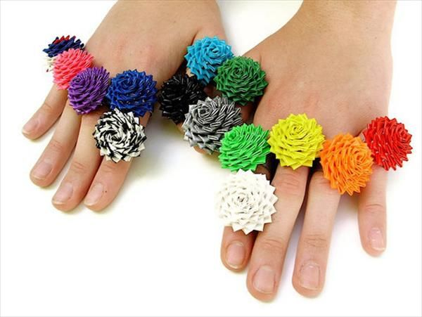 DIY Duct Tape Rose Rings | 101 Duct Tape Crafts Please follow us @ http://www.pinterest.com/ducktapesale/
