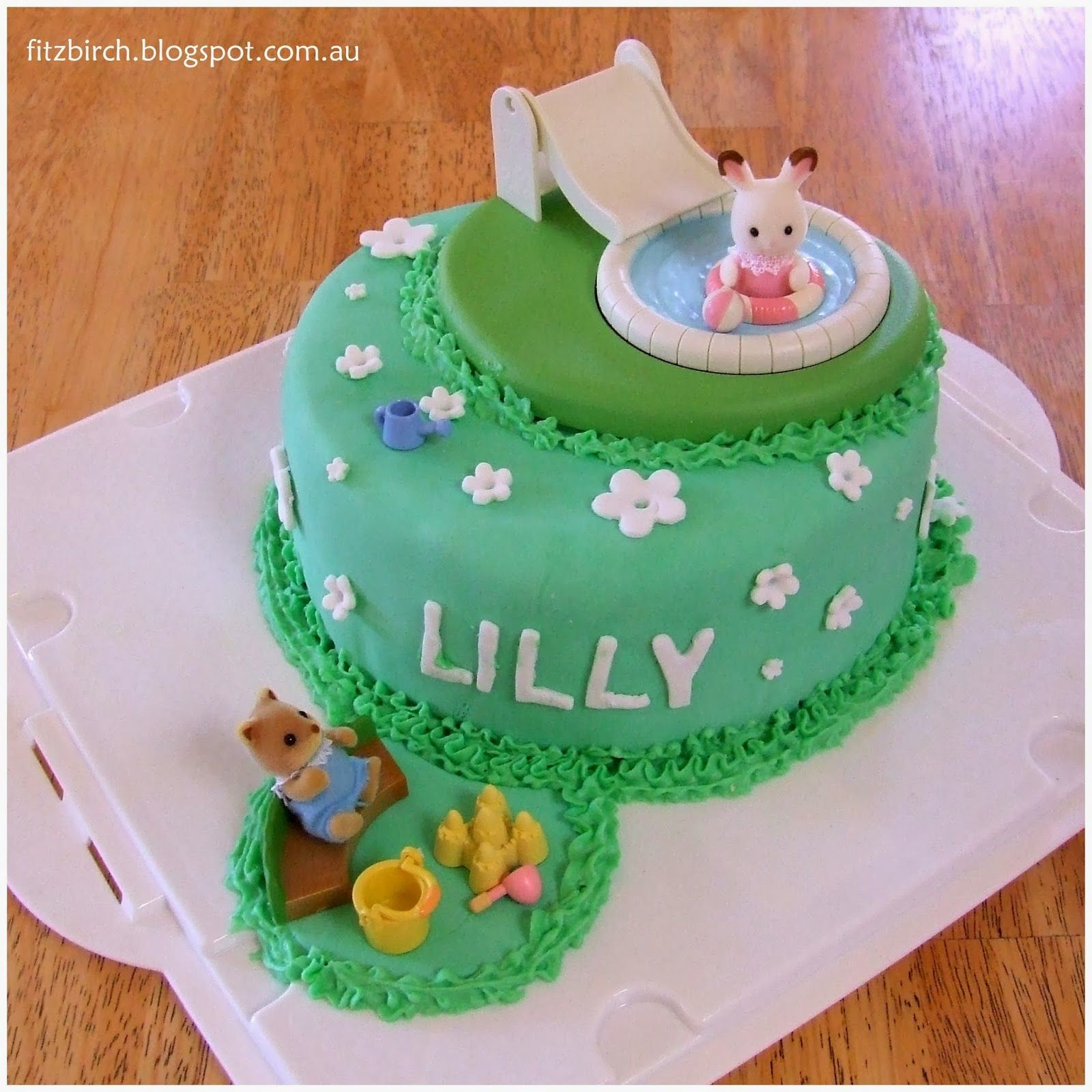 Sylvanian Families Calico Critters Cake so cute Creativity