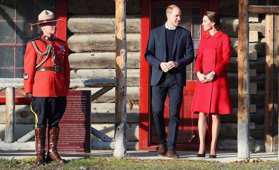 William en Kate scoren eindelijk een Mountie! | Beau Monde