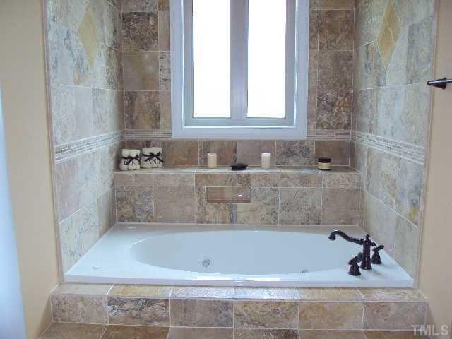 bathtub shelf idea | Fav Decorating Ideas in 2018 | Pinterest ...