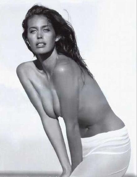 Vanessa hudgens naked with zac