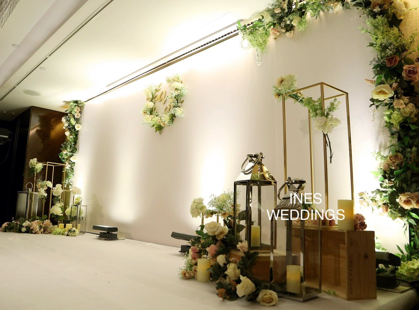 Civil Wedding Decoration Ideas: Greenery Rustic Idea For Wedding Backdrop Stage Design
