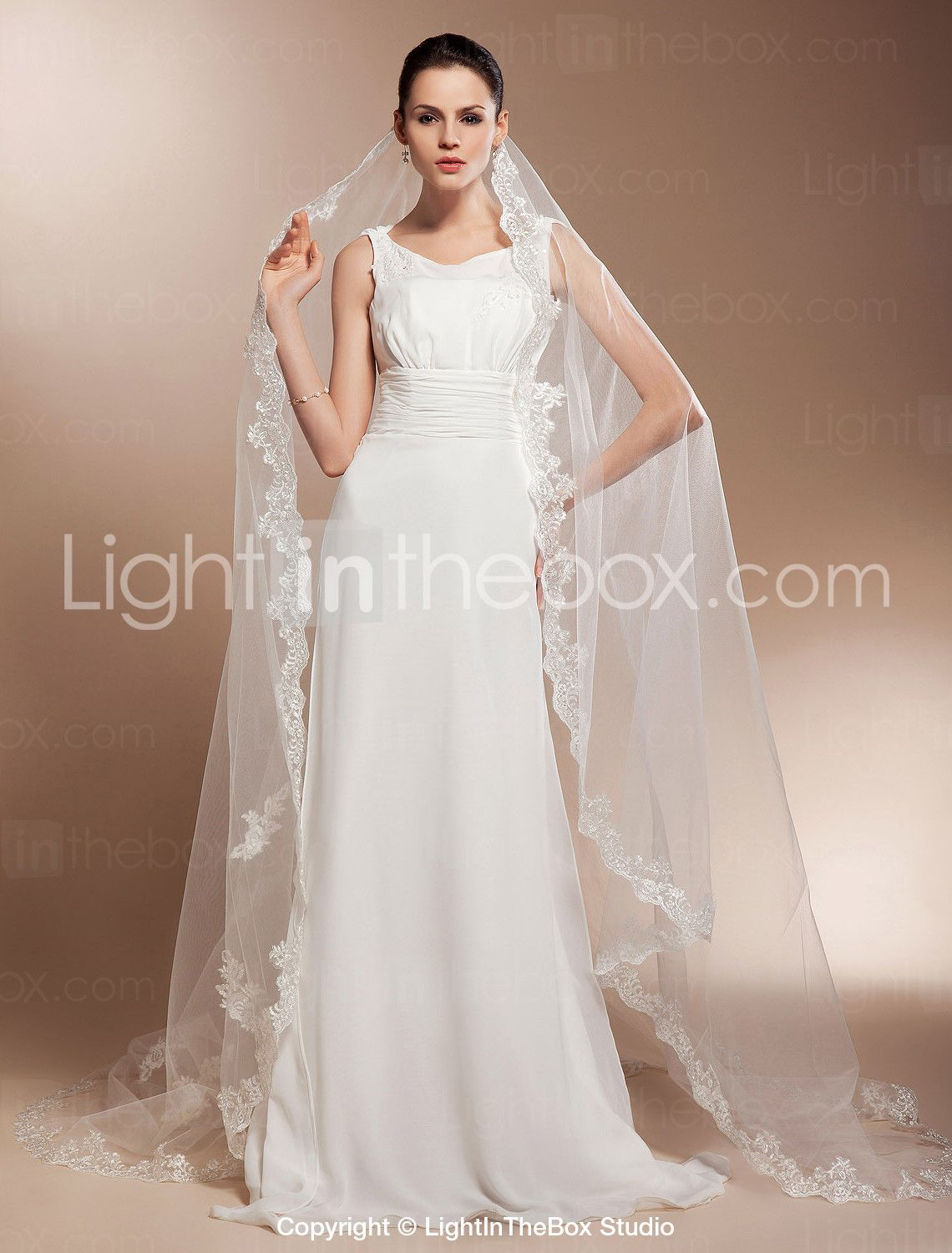 [12.86] Cathedral Wedding Veils With Lace
