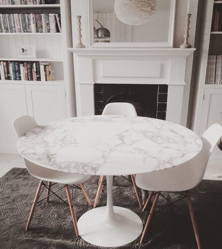 Eero Saarinen For Knoll Studio Tulip Marble Table Plasticchair