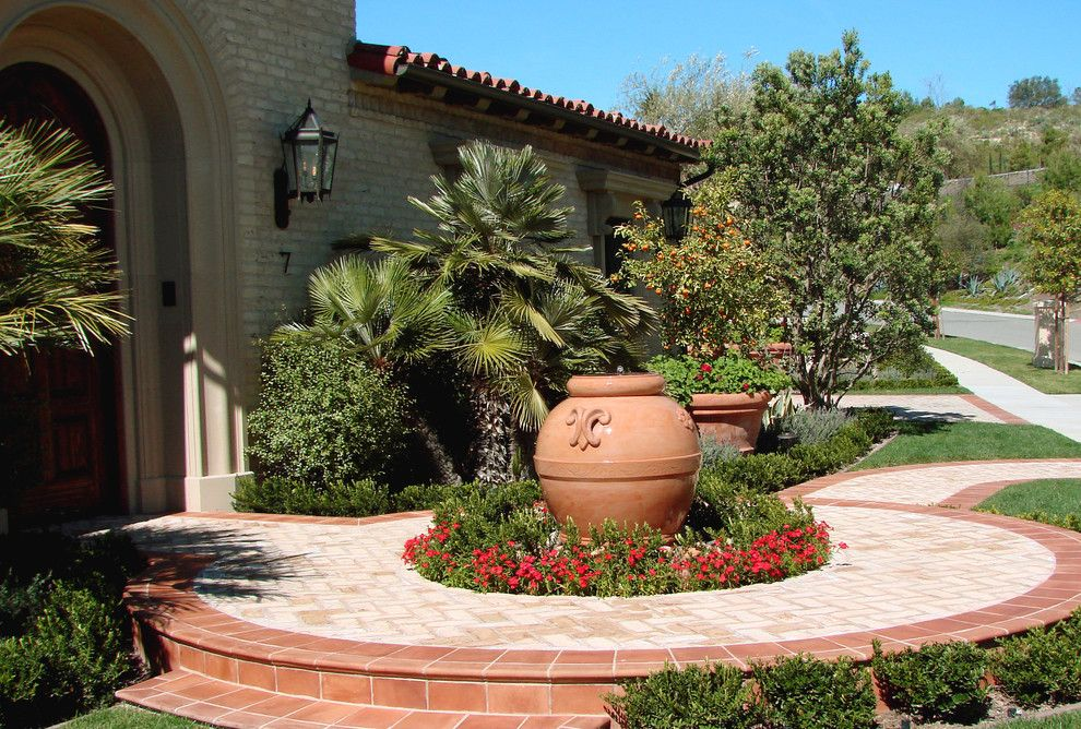 mediterranean front yard landscaping