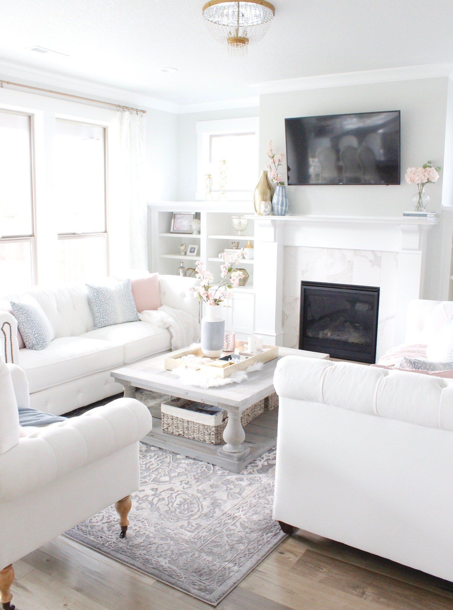 feature friday summer adams designs for the home decor house rh pinterest com