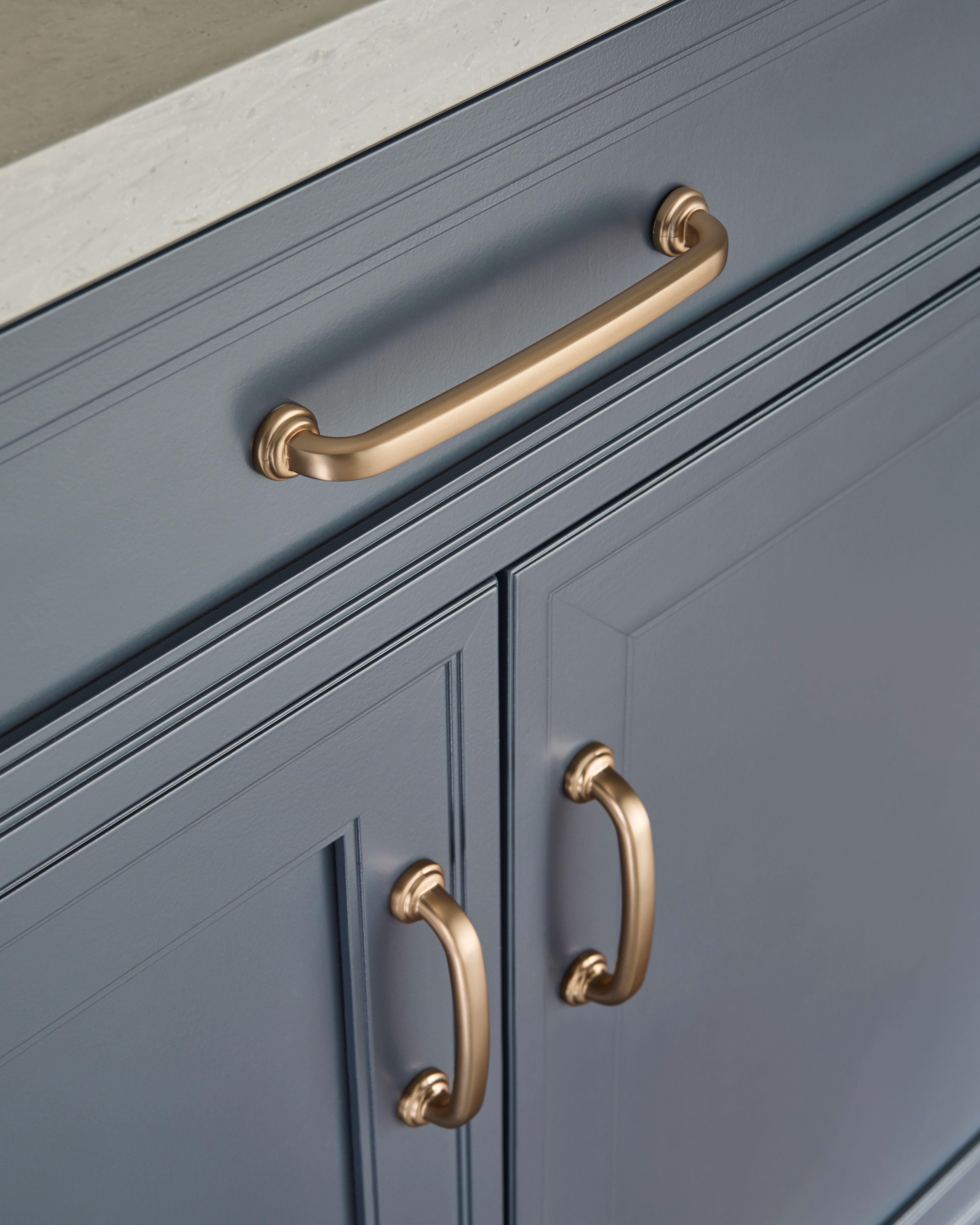 Cabinet Pulls 2 3 4 Inch Center 2021 Cabinet Hardware Makeover Bronze Cabinet Hardware Cabinet Hardware Bronze [ 5223 x 4176 Pixel ]