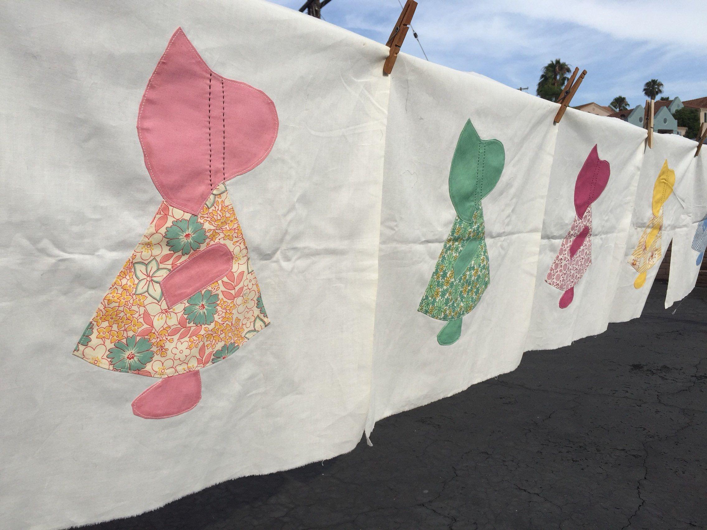 5 quilt squares Sun Bonnet Sue #sunbonnetsue