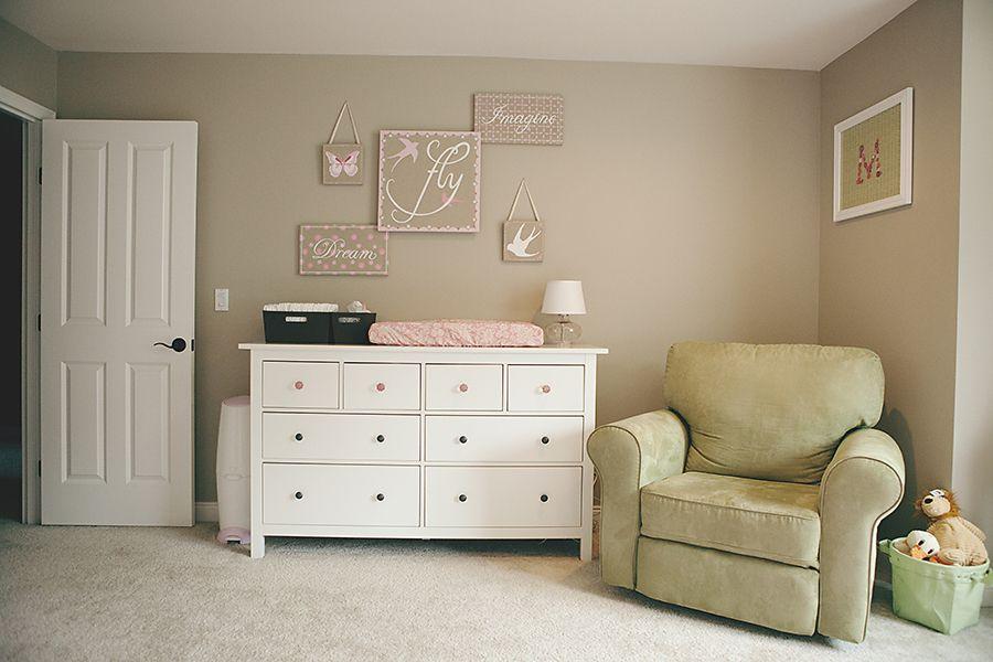 Inspiraci n para un cuarto de bebe de ni a de ikea - Decorar una habitacion de bebe ...