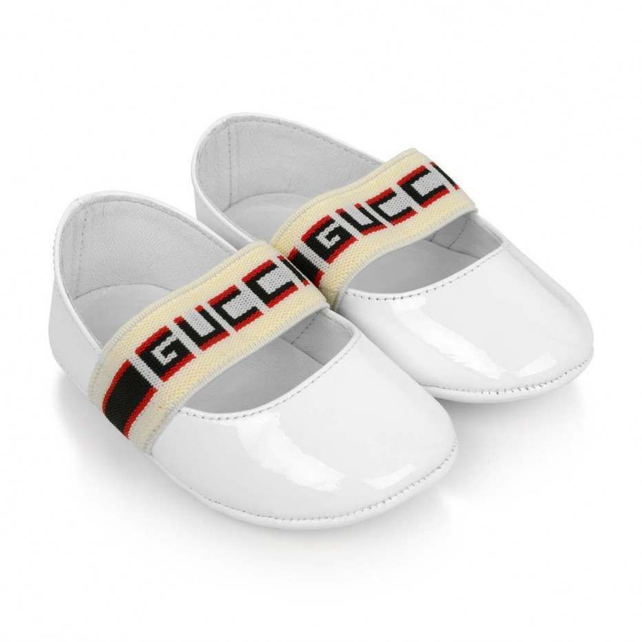 a5cb6ee6968 GUCCI Baby Girls White Patent Leather Pre Walker Shoes | Little ...