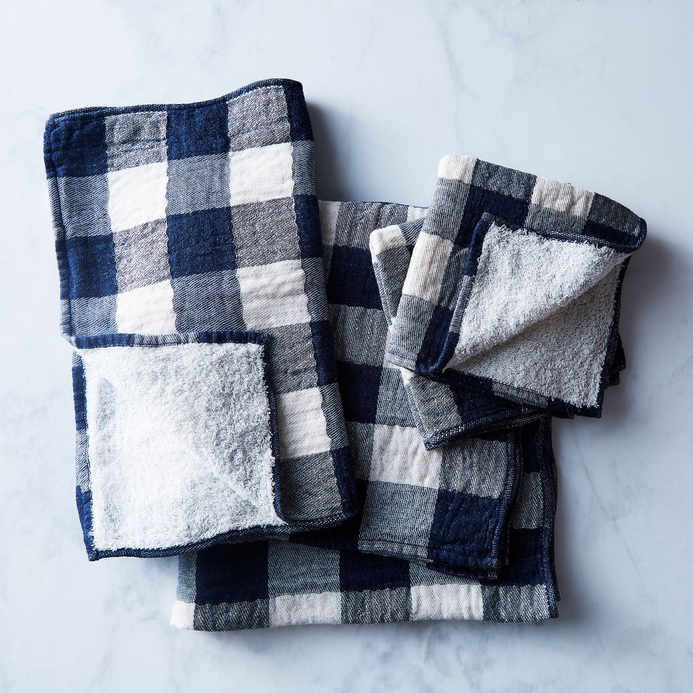 Buffalo Check Japanese Bath Towels In 2020 Japanese Bath Towel Weaving Bath Towels