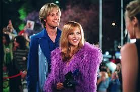 Daphne S Outfit In Scooby Doo 2 Don T Like The Fuzzy Thing Lol Sarah Michelle Gellar Fred Scooby Doo Daphne And Fred