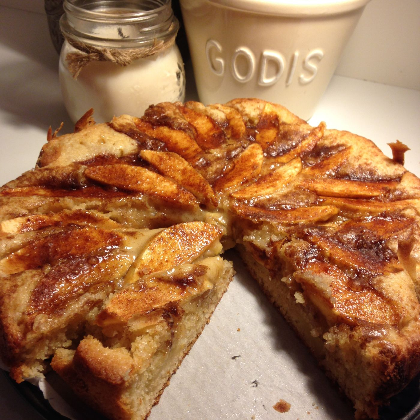 Norwegian Warm Apple Cake