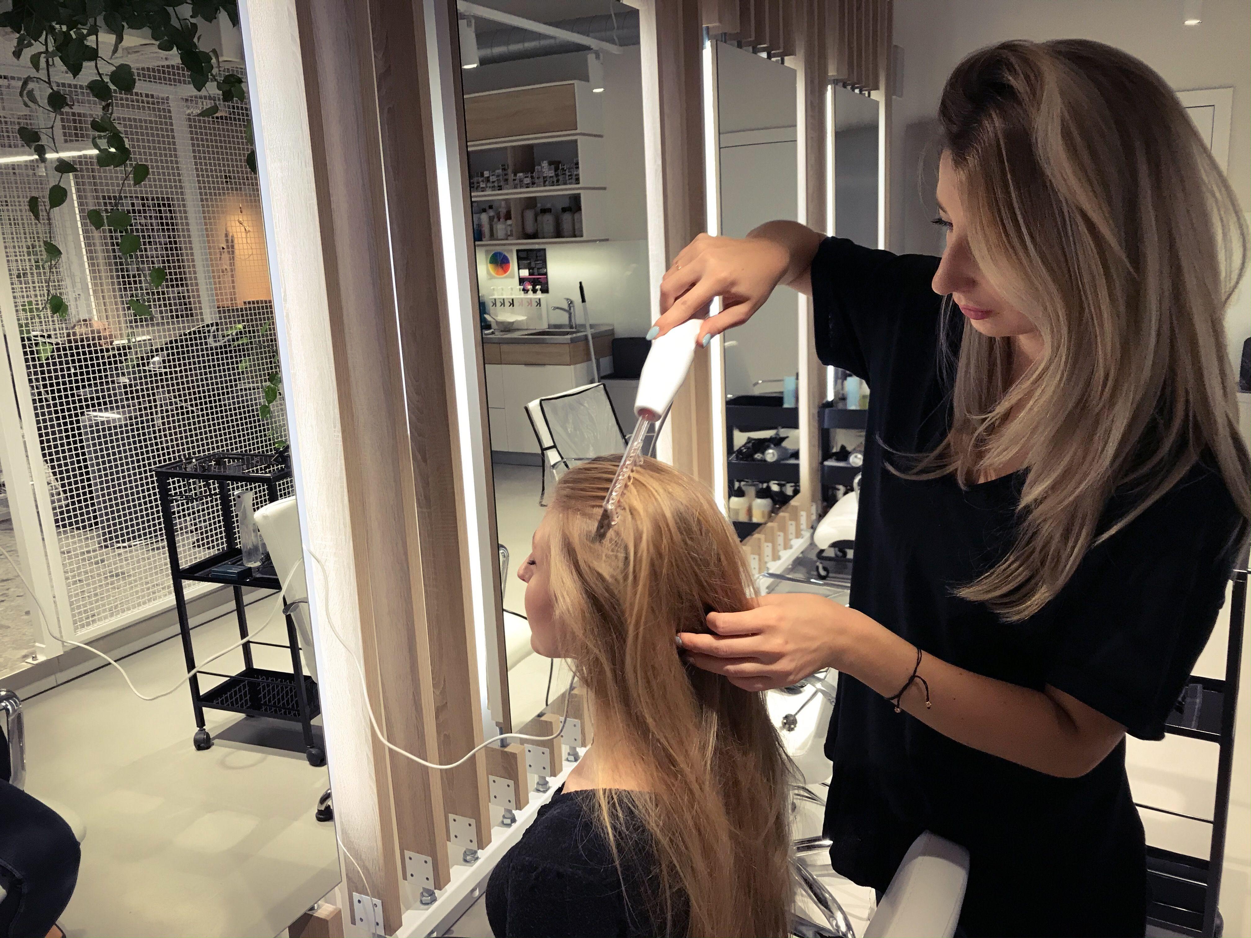 Pin By Trichohair Marta Pogan On Me In 2020 Hair Selfie Mirror Selfie