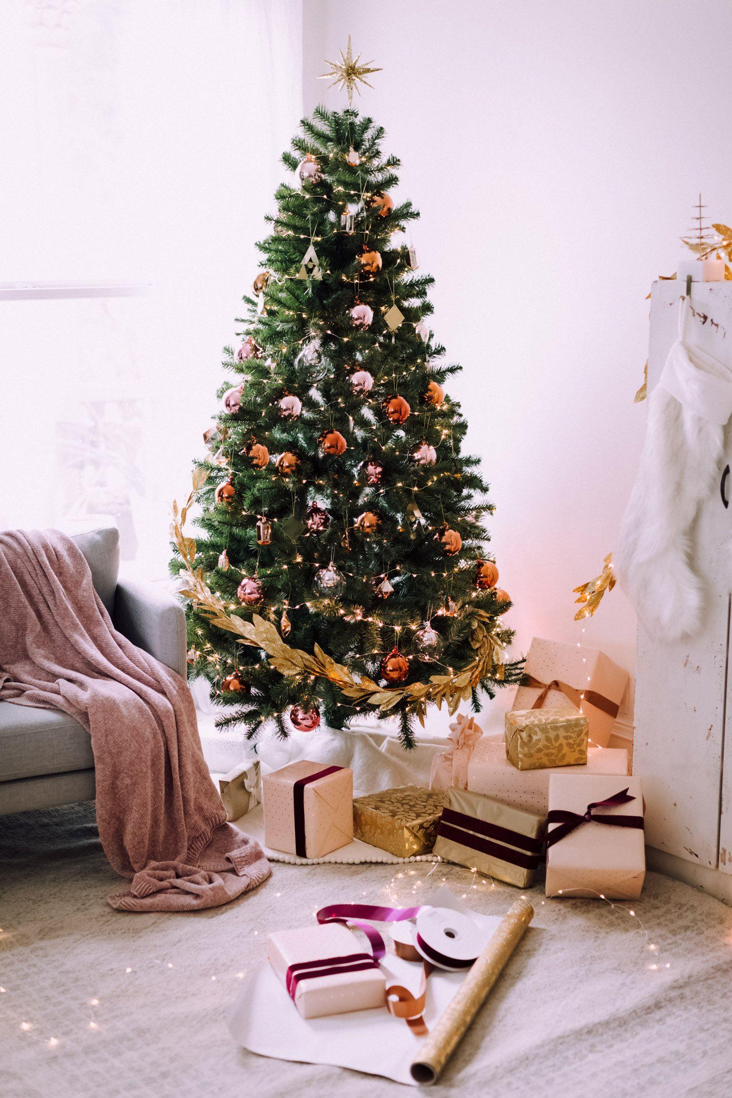 holiday decorating with christiann koepke — west elm